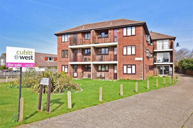 Thumbnail Flat for sale in Southwood Road, Hayling Island, Hampshire