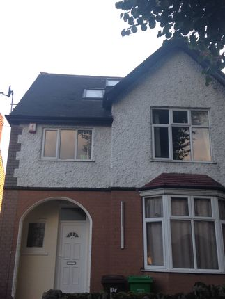 Thumbnail Shared accommodation to rent in Harlaxton Drive, Nottingham