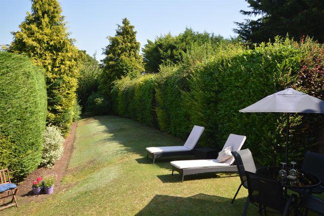Garden of Hillfield Road, Hemel Hempstead HP2