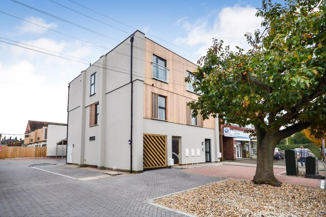 Thumbnail 1 bed flat for sale in Cooden Sea Road, Bexhill On Sea