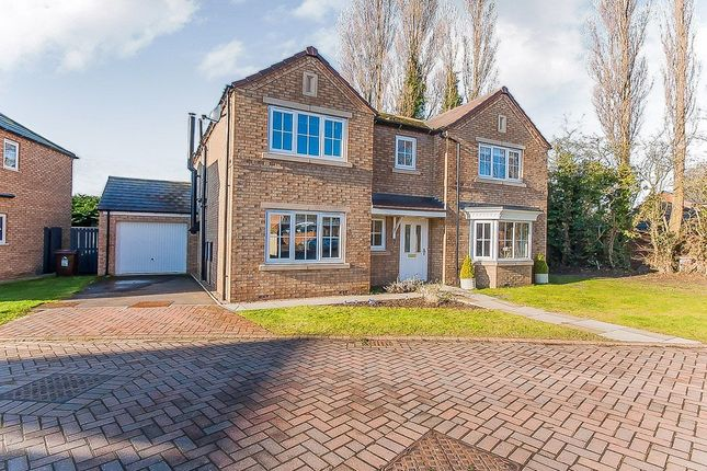 Thumbnail Detached house for sale in Chatsworth Close, Laceby, Grimsby