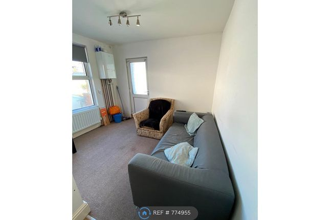 Thumbnail Flat to rent in Palmerston Street, Plymouth