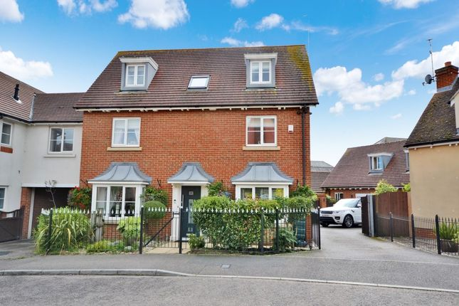 Thumbnail Detached house for sale in Hallett Road, Flitch Green, Dunmow