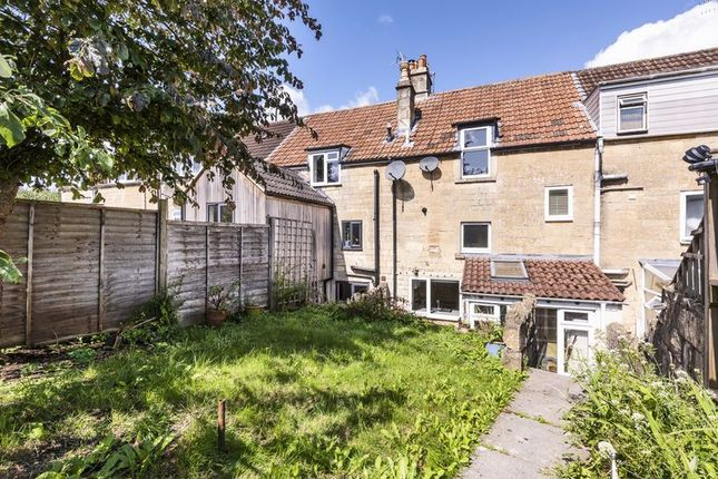 Thumbnail Terraced house for sale in Wellsway, Bath