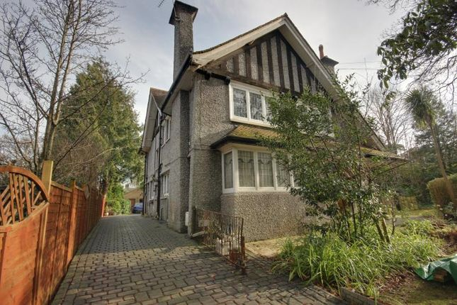 Room to rent in Roslin Road, Winton, Bournemouth