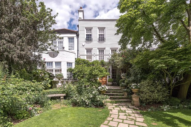 Thumbnail Terraced house for sale in Spaniards End, London