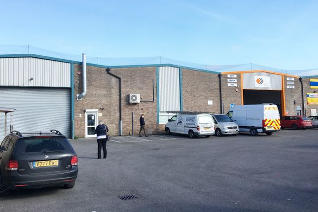 Thumbnail Warehouse to let in Unit 1B Heathcharts Industrial Estate, Oldmixon Crescent, Weston Super Mare