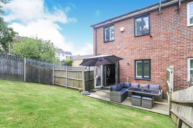 Garden of Buckley Close, Forest Hill, London, . SE23