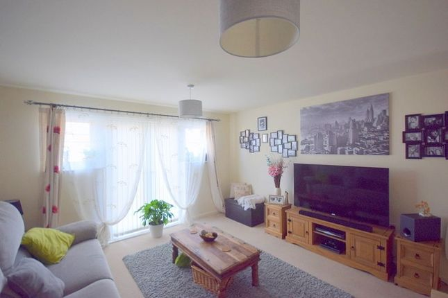 Thumbnail Flat for sale in Atlantic Way, Pride Park, Derby
