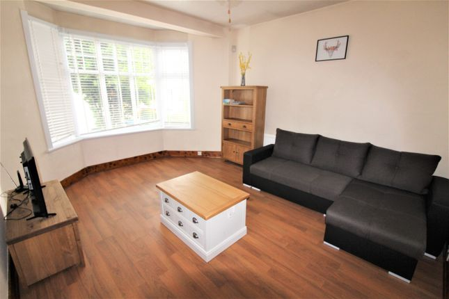 Terraced house to rent in Hawthorn Avenue, London