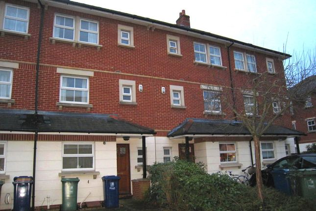 4 bed town house to rent in Great Mead, Oxford