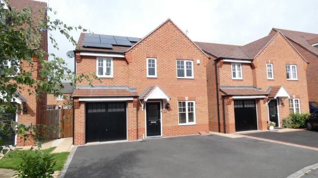 Thumbnail Detached house for sale in Brackley Crescent, Chase Meadow, Warwick, Warwickshire