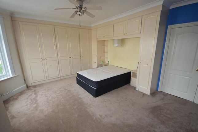 Thumbnail Property to rent in Windsor Road, Ilford, Essex