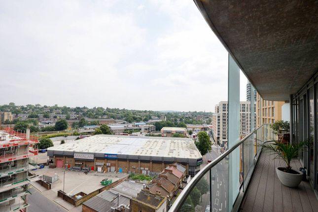 Thumbnail Flat to rent in Da Vinci Torre, Lewisham