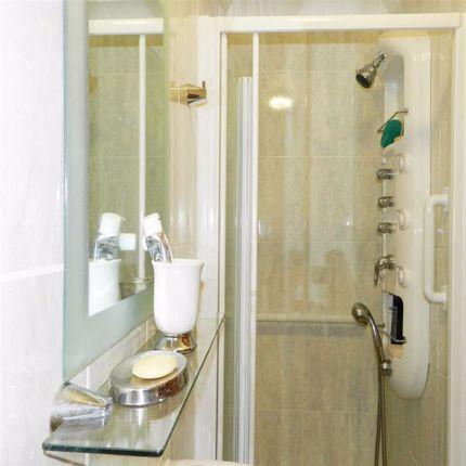 En Suite Shower of Manor Close, Lelant, St. Ives TR26