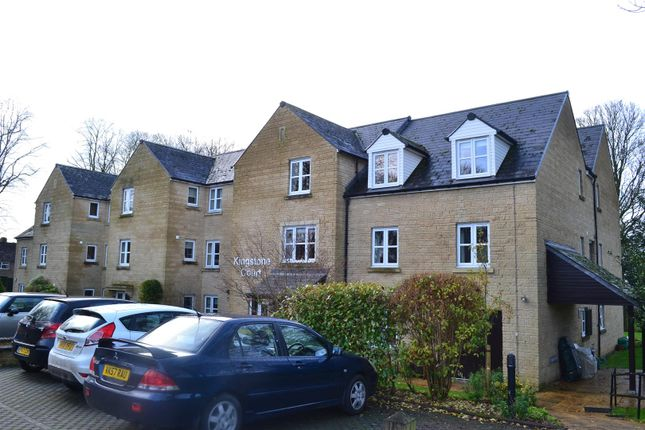 Thumbnail Flat for sale in Wards Road, Chipping Norton