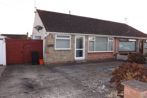 Thumbnail Bungalow to rent in Chichester Drive, Prestatyn