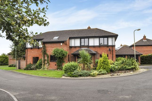 Thumbnail Detached house for sale in Lovelace Close, Abingdon