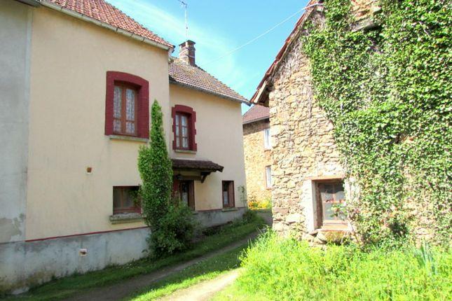 Thumbnail Villa for sale in Saint-Maurice-La-Souterraine, Creuse, Nouvelle-Aquitaine