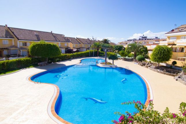3 bed town house for sale in Los Cristianos, El Camison, Spain