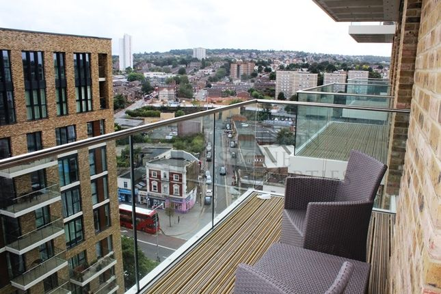 Thumbnail Flat to rent in Compton House, Royal Arsenal