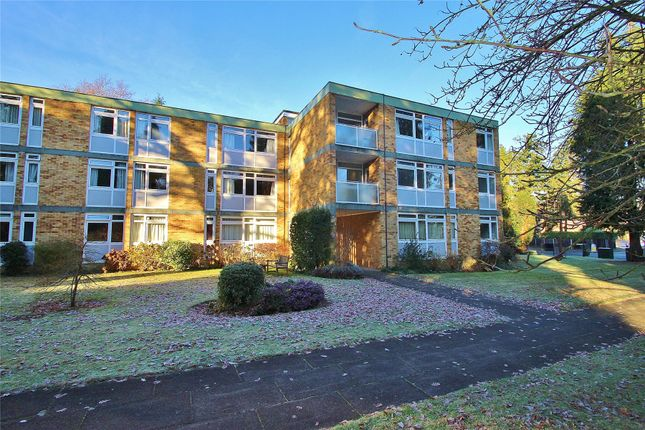 Thumbnail Flat for sale in Chobham Road, Horsell, Surrey