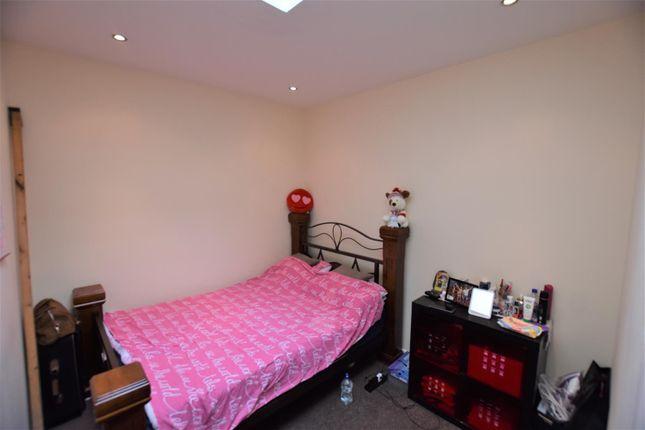 Bedroom of River Soar Living, Western Road, Leicester LE3