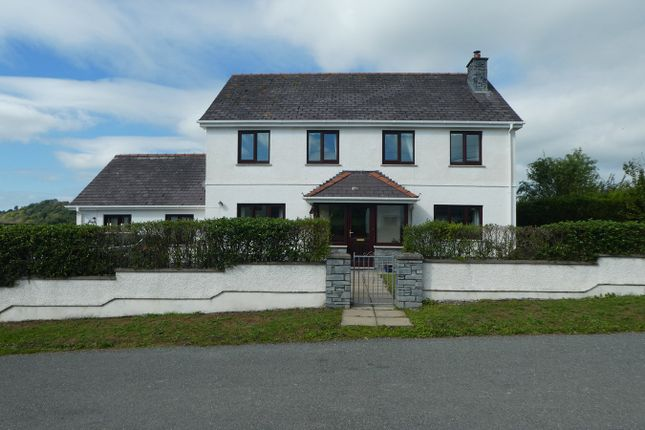 Thumbnail Detached house for sale in Penrhiwllan, Llandysul