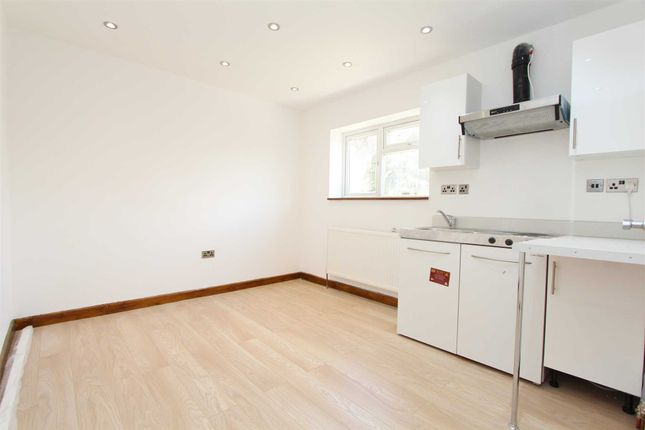 Thumbnail Studio to rent in Haverford Way, Edgware, Greater London