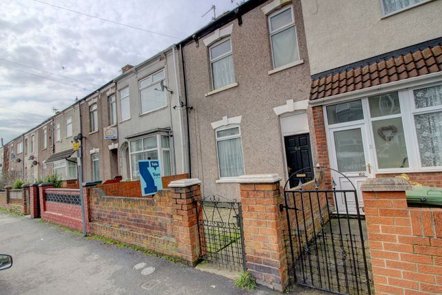Thumbnail Flat for sale in Heneage Road, Grimsby