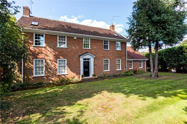 Thumbnail Detached house for sale in Sandisplatt Road, Maidenhead, Berkshire