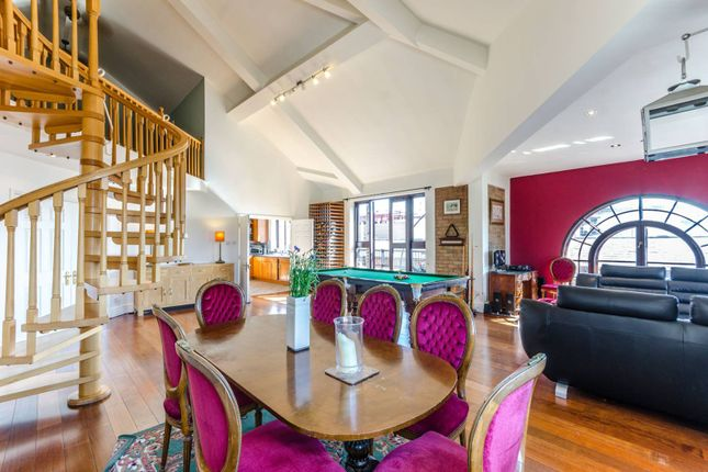 Thumbnail Flat to rent in Telfords Yard, Wapping