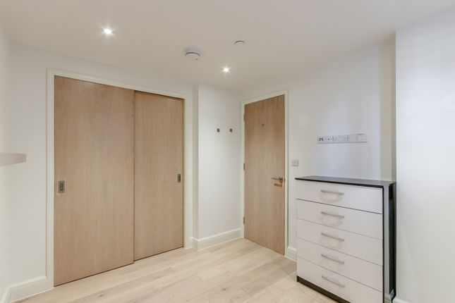 Bedroom of King George's Walk, High Street, Esher KT10