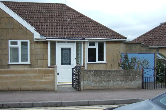 Thumbnail Bungalow to rent in Combe Road, Bath