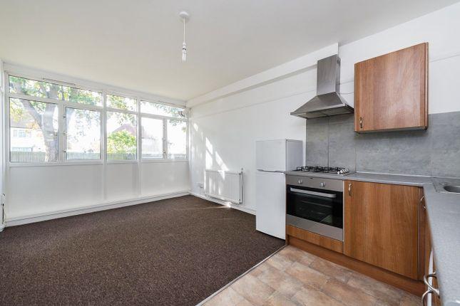 Thumbnail Flat to rent in Gavestone Road, London