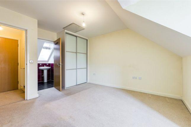 Bedroom 1 of Holymead, Calcot, Reading, Berkshire RG31
