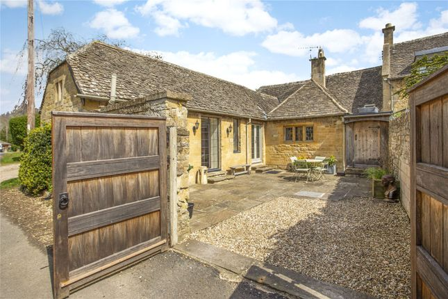 Thumbnail Bungalow for sale in Bibsworth Lane, Broadway, Worcestershire