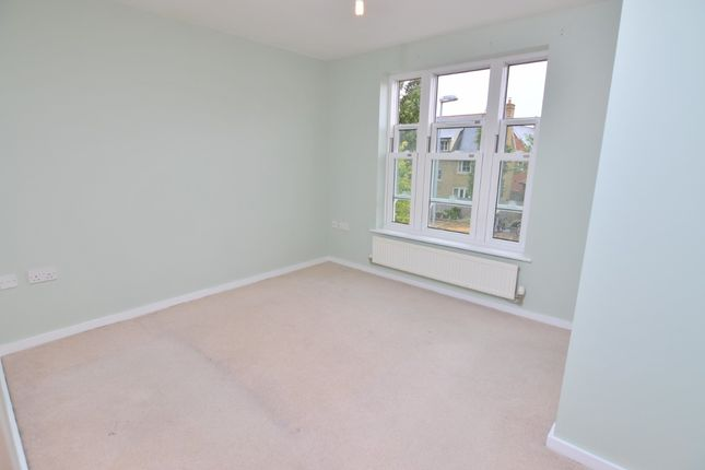 Thumbnail Flat for sale in Little Dominie Court, Fayrewood Drive, Chelmsford, Essex