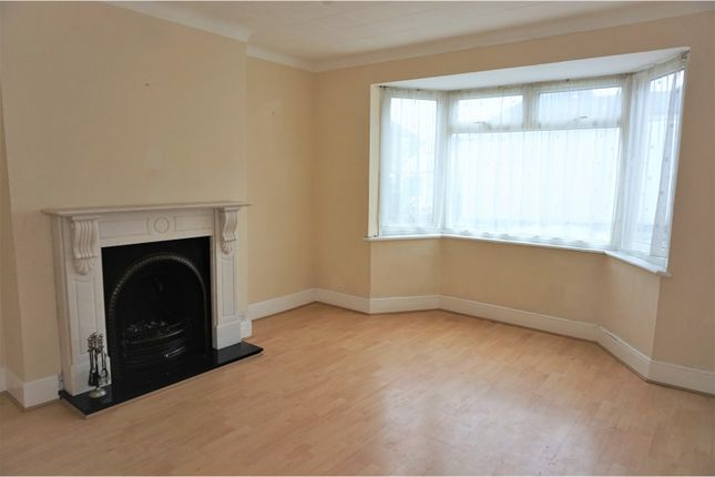 Thumbnail Terraced house to rent in Perry Hill, London