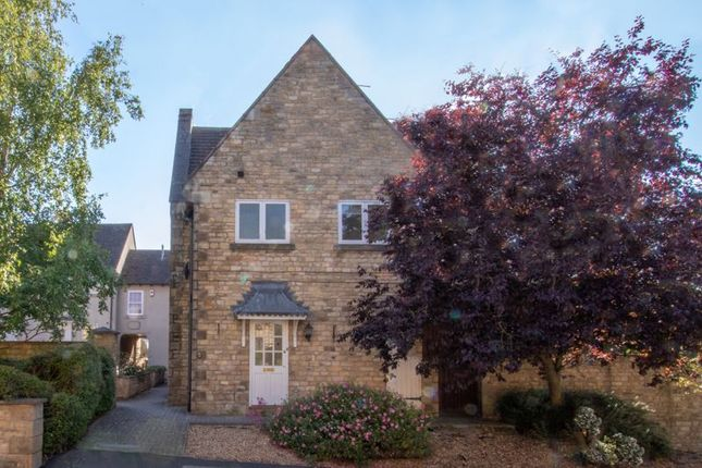 Thumbnail Terraced house to rent in Wothorpe Mews, Stamford