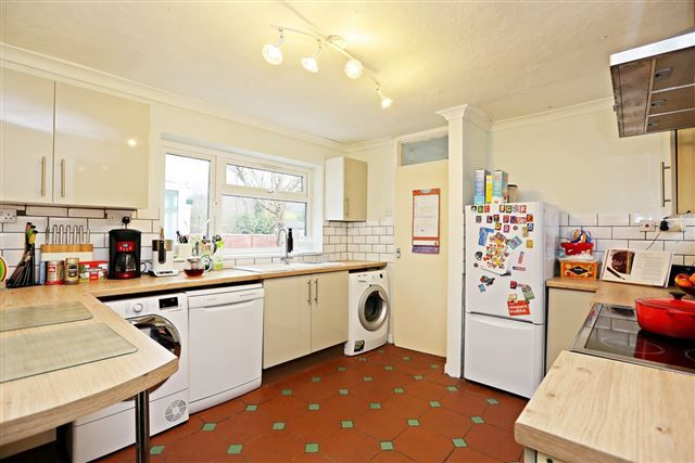 Spacious Kitchen of Long Row, Treforest, Pontypridd CF37