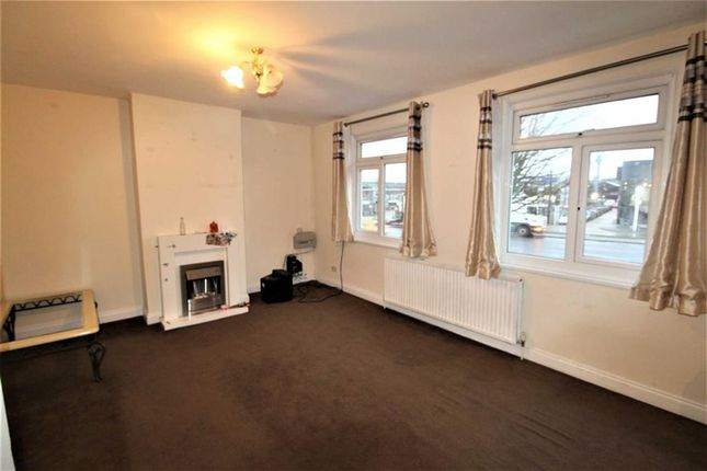 Thumbnail Property to rent in Bath Road, Cippenham, Bekshire