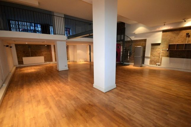 Thumbnail Flat to rent in The Chandlery, Gowers Walk