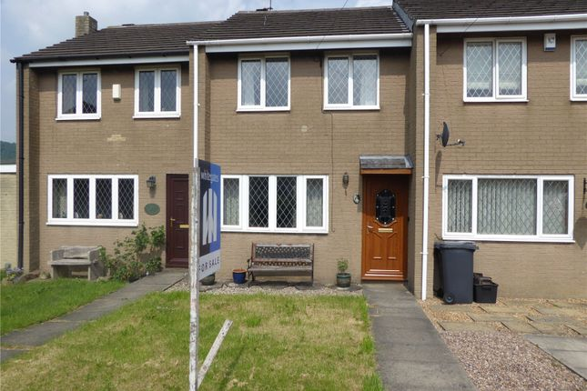 Thumbnail Town house for sale in Coniston Close, Elland