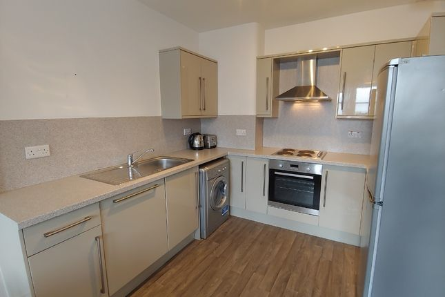 5 bed flat to rent in Morningside Road, Morningside, Edinburgh EH10