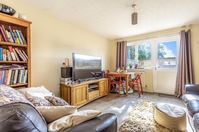 Living Area of Field Close, Aylesbury HP20
