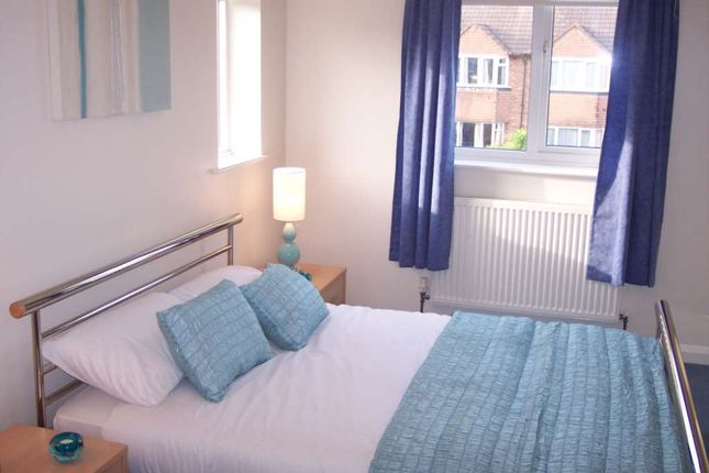 Room to rent in Little Green Lane, Chertsey