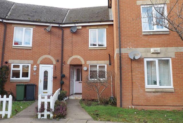 Thumbnail Terraced house for sale in Shepherds Pool, Evesham