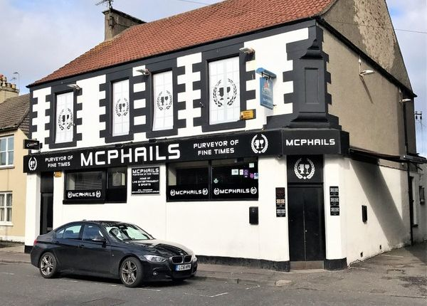 Thumbnail Pub/bar for sale in North Street, Leven, Fife