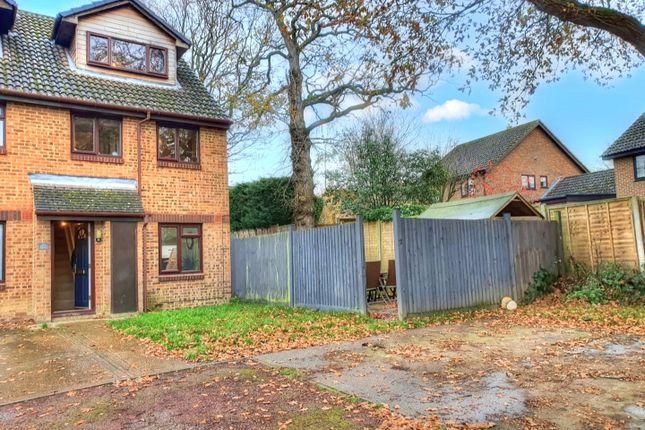 2 bed maisonette for sale in Wallis Way, Horsham, West Sussex RH13